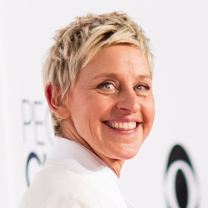 The 59-year old daughter of father Elliott DeGeneres and mother Betty DeGeneres, 171 cm tall Ellen DeGeneres in 2017 photo
