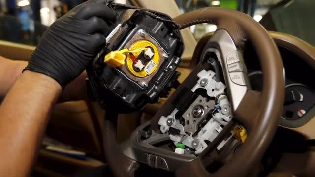 Air bags: Fiat Chrysler recalls 1.9 million cars